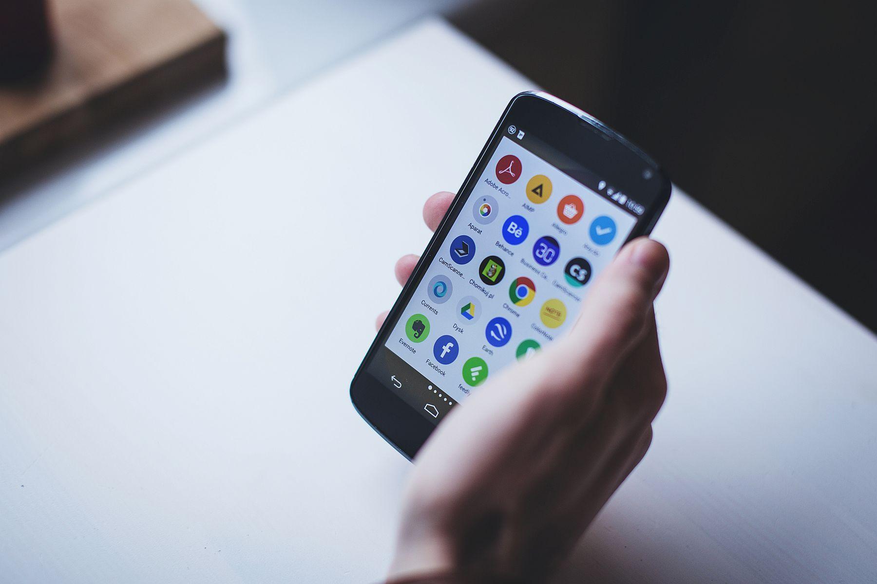 Il miglior smartphone del 2018 ecco quale scegliere for Scegliere smartphone