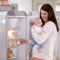 Come conservare il latte materno tirato col tiralatte