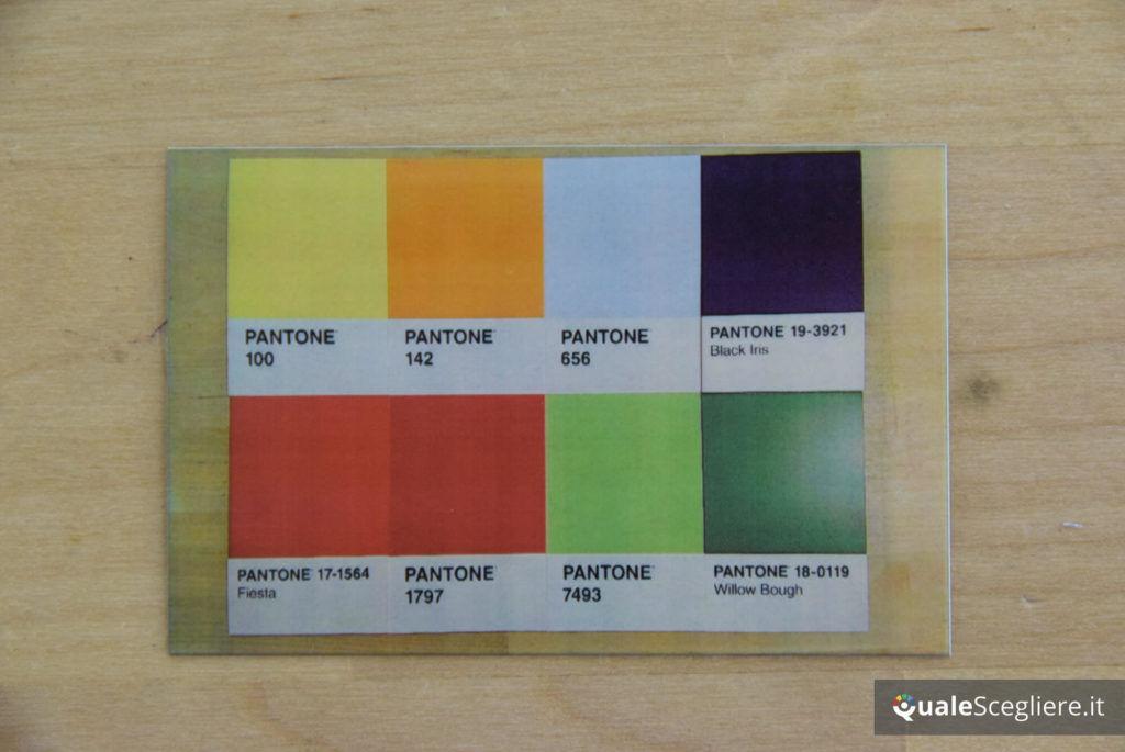 Polaroid Snap Touch pantone test