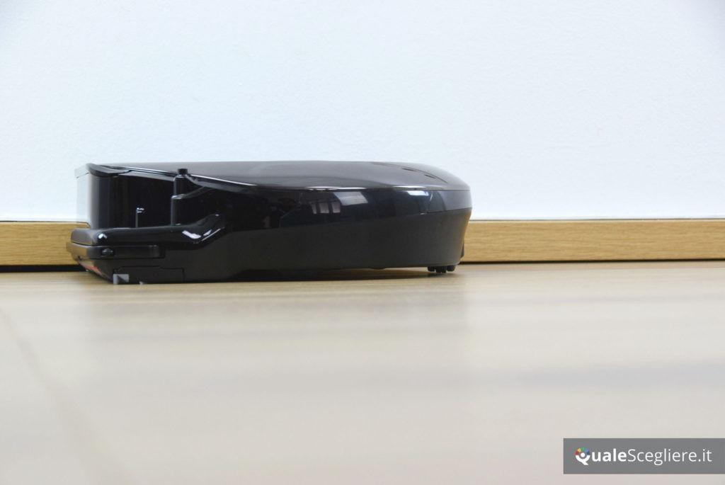 Samsung Powerbot VR7000 Star Wars Special Edition pulizia battiscopa