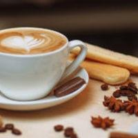 Come preparare il cappuccino con la macchina da caffè automatica?