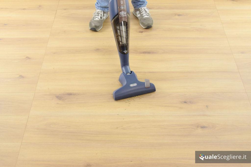 De'Longhi Colombina Cordless XLR18LM prova pratica parquet