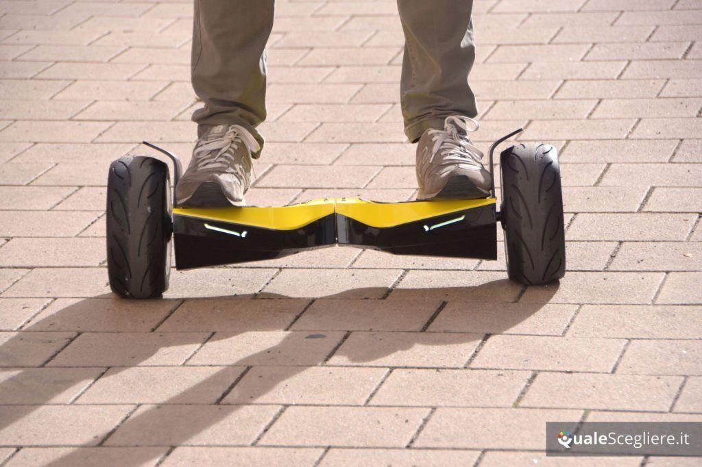 Twodots Glyboard Corse Lamborghini prova pratica frontale