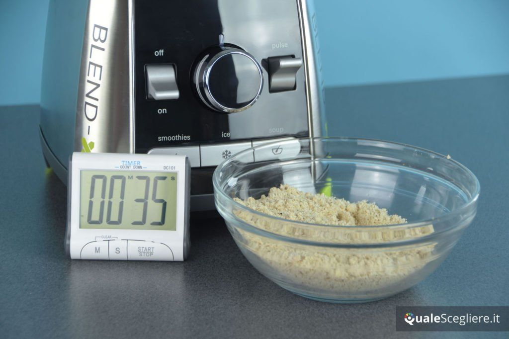 Kenwood Blend-X Pro BLP900BK mandorle tritate ottenute