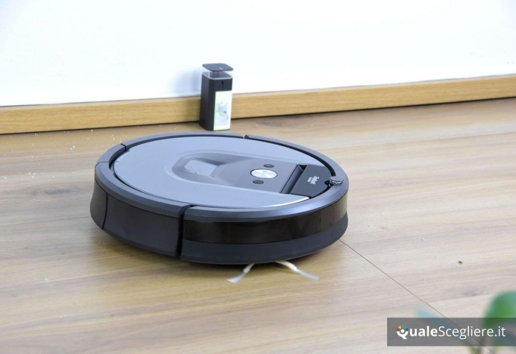 iRobot Roomba 960 muro virtuale acceso