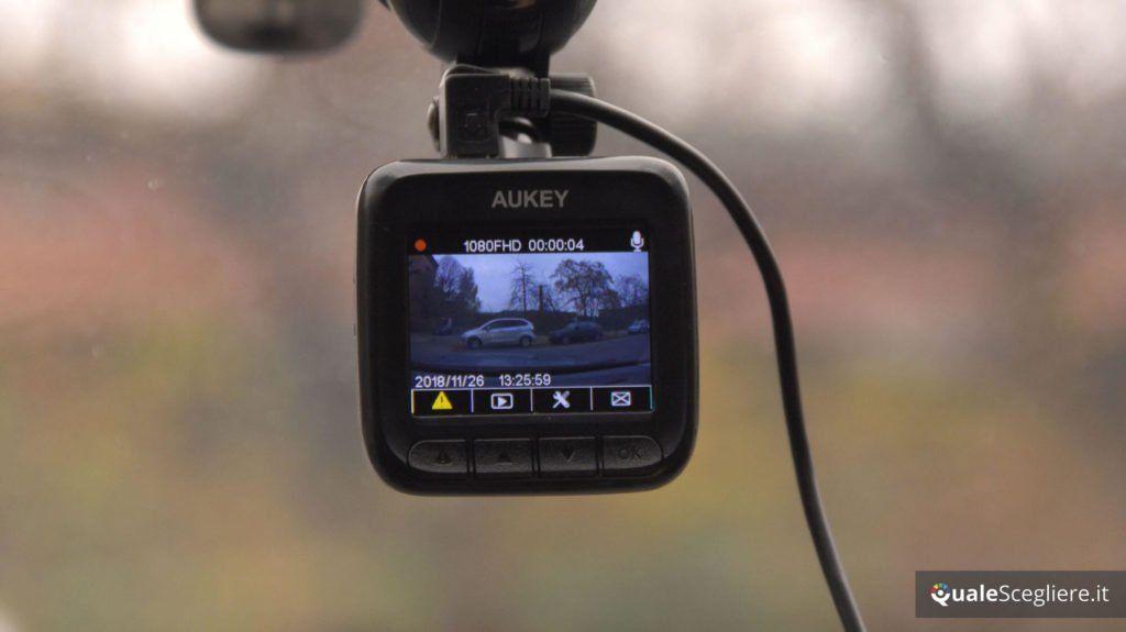 Aukey DR01 test su strada