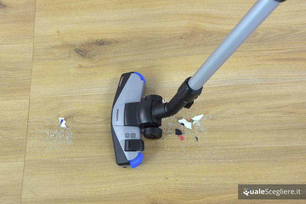 Philips FC9742/09 PowerPro Expert spazzola multisuperficie in azione