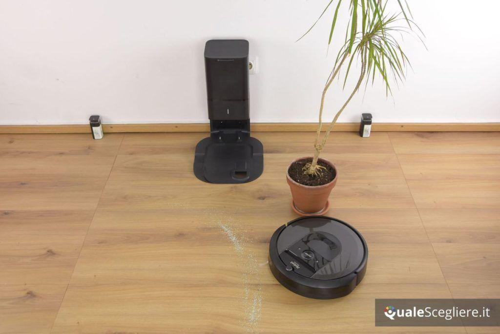 iRobot Roomba i7+ in azione