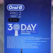 Oral-B_Pro_2_2500_CrossAction_04